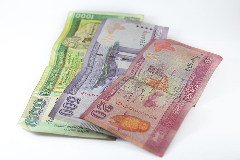 cizí bankovky