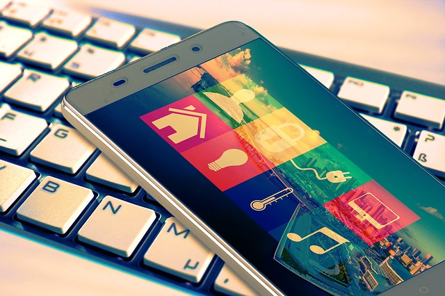aplikace na mobilu pro chytrou domácnost.jpg